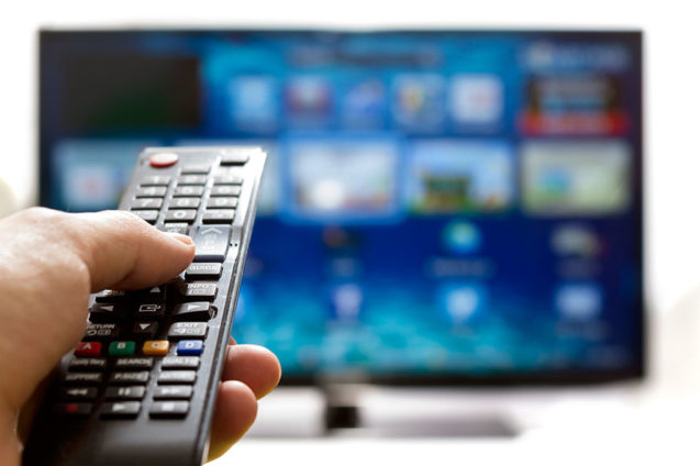Hospital Ana Nery recebe doação de 36 conversores de TV Digital da TV Bahia
