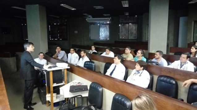 Chefe do Serviço de Hemodinâmica do Hospital Messejana realiza palestra no HAN